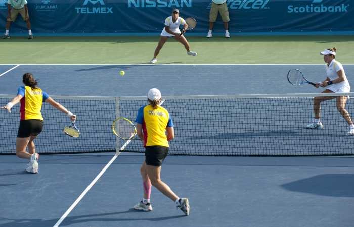 http://blog.ceime.com.br/wp-content/uploads/2012/07/t%C3%AAnis-duplas-feminino-TL-20111021.jpg